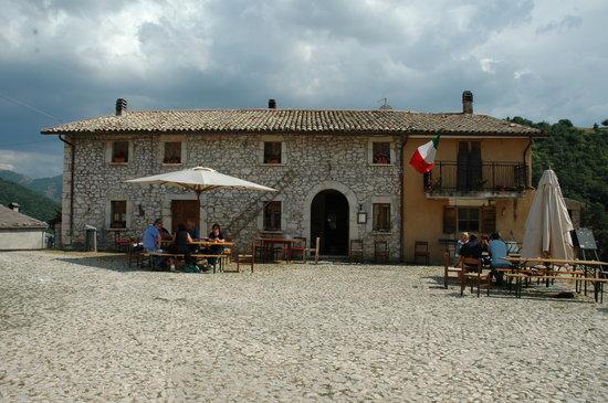 Monteleone di Spoleto, إيطاليا: agriturismo colle del capitano