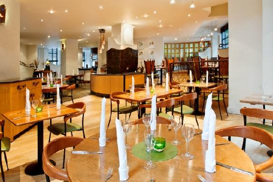 The Junction restaurant at the Holiday Inn London Sutton