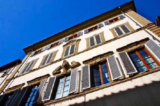 A Suite in Florence: Building