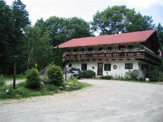 Mont Vernon, Нью-Гэмпшир: The Guesthouse in Summer