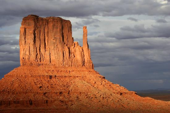 Monument Valley Navajo Park: tramonto sulla Valley