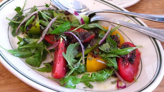 Delfina : Heirloom tomato Salad