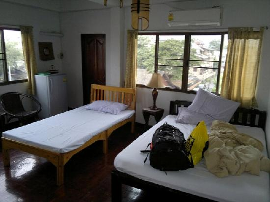 Bed and Terrace Guesthouse Chiang Mai: 4th floor room