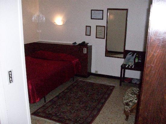 La Maison Doree: chambre