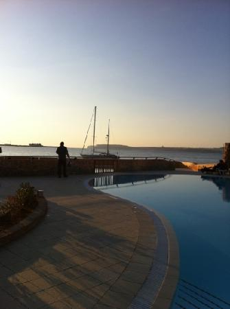 Ramla Bay Resort: sunset view
