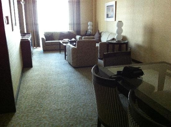 TIME Oak Hotel & Suites: Lounge