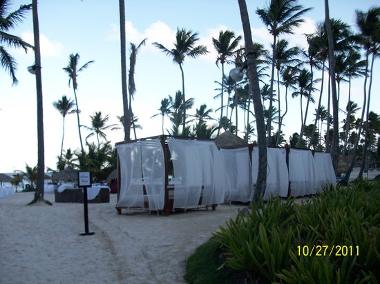Dreams Palm Beach Punta Cana: beach beds