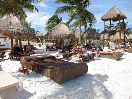 Excellence Playa Mujeres: The EC Private Beach Area