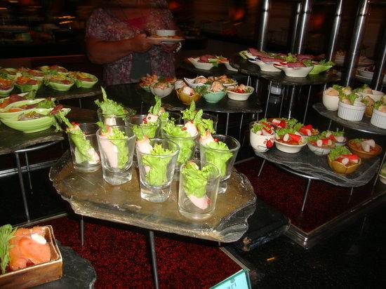 Amari Phuket: more food