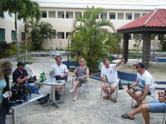 Scenic Hotel Tonga : outside area for relaxing
