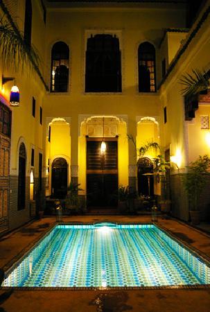 Riad Fes Baraka: piscine