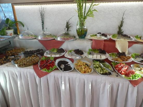 Nena Hotel: Partial View of Breakfast