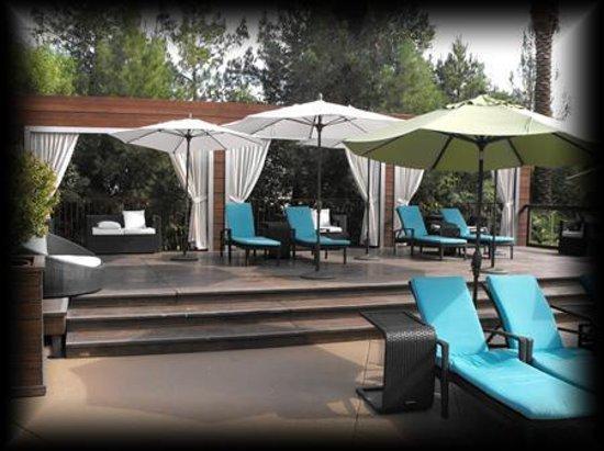 Silverton Hotel and Casino: Pool area