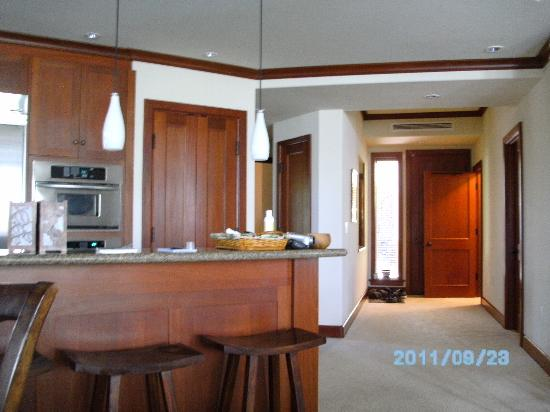 Kolea at Waikoloa Beach Resort: Love the high ceilings and great kitchen