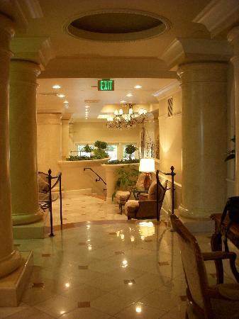 Montecito Inn: Lobby