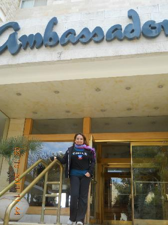 Ambassador Hotel: La entrada principal.