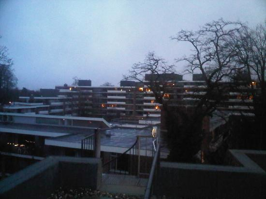 Bastion Hotel Apeldoorn Het Loo: view from rooftop beside my hotel room