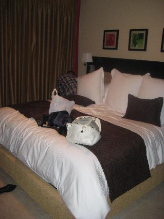 Ocean Two Resort & Residences: one bedroom suite
