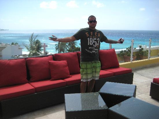 Ocean Two Resort & Residences: roof
