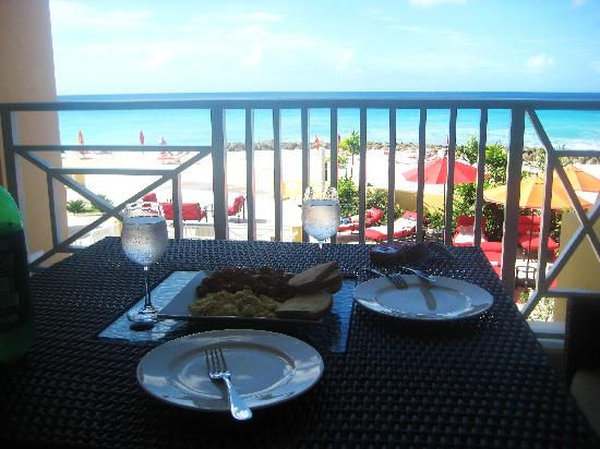 Ocean Two Resort & Residences : Our breakfast on the balcony