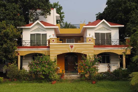 Ghanvatkar Bunglow at Zirad: Front View