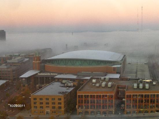 Hyatt Regency Columbus: Fog over Nationwide Arena & Hunington Park