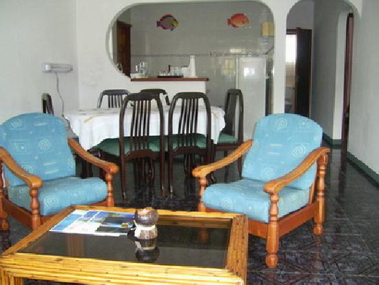 Jamalac Bungalows: Private lounge & dinning area