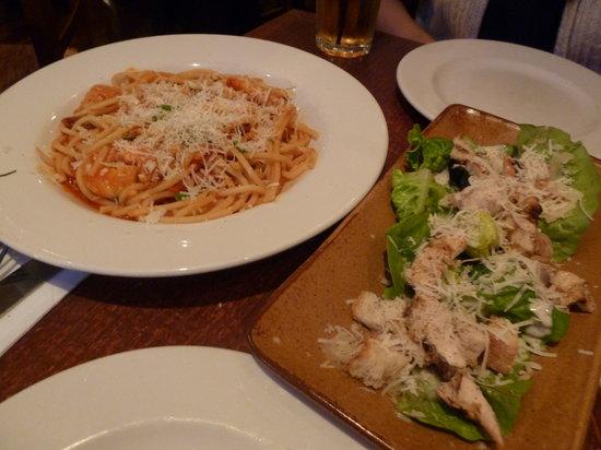 Bella Italia: Insalata Caesar Pollo salad and Bucatini Gamberoni pasta