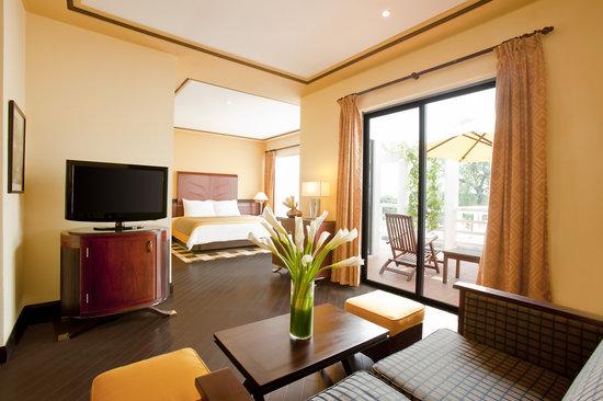 La Residence Hue Hotel & Spa: Junior Suite Room