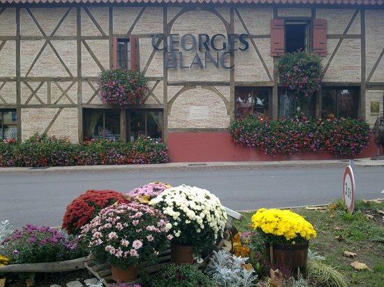 "Restaurant Georges Blanc: ""LE"" RESTAURANT"