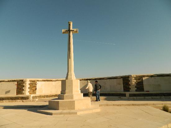 Flanders Battlefield Tours: Memorial
