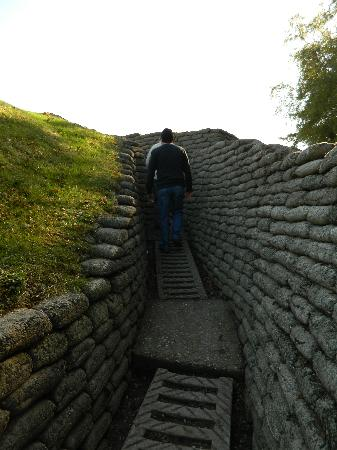 Flanders Battlefield Tours: Walking in the trenches