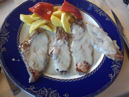 Sidreria Restaurante Casa Mendez: Escalopines con salsa cabrales
