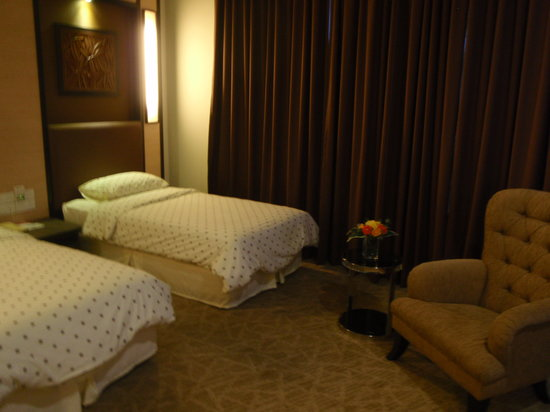 Tanjong Puteri Golf Resort: Two bed room facing the golf course
