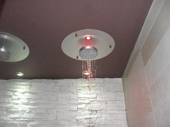 Hotel Lo Zodiaco: doccia