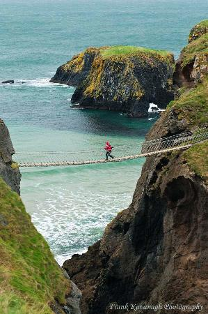 J & J's Bed and Breakfast: Carrick-a-Rede Rope Bridge.