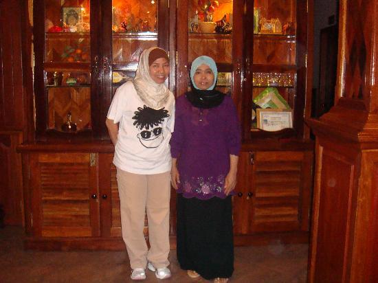 Angkor Sor Phoun Villa : Me with Villa's friendly owner Zalikha