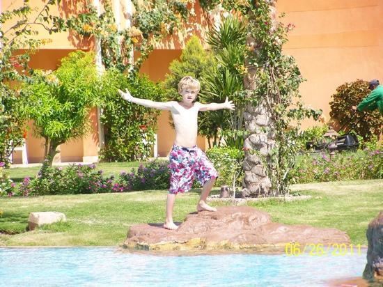 Caribbean World Resorts Soma Bay: have i got a tan yet mum?