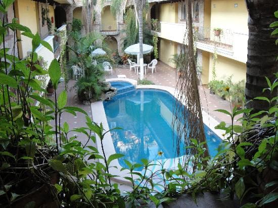 Ciudad Guzman, Meksika: The pool in the inner courtyard