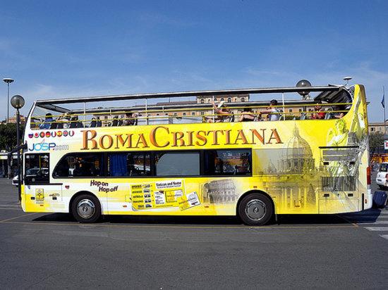 Roma Cristiana Hop On Hop Off Bus : Bus della vergogna