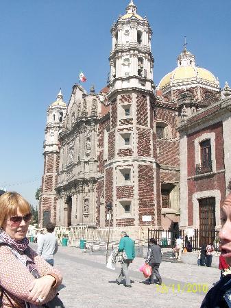 Basilica de Santa Maria de Guadalupe : Templo Expiatorio a Cristo Rey (Antigua Basílica de Nuestra Señora de Guadalupe).