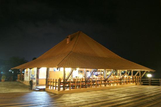 Leyte Park Resort Hotel: Pier Tres
