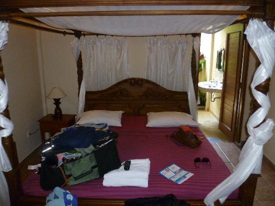 Kusnadi Hotel: Room