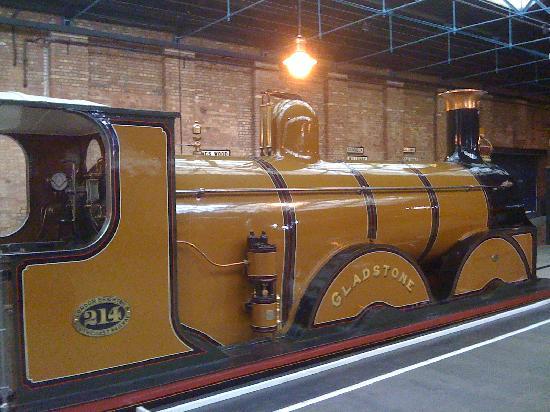 พิพิธภัณฑ์รถไฟแห่งชาติ: Locomotive - Gladstone