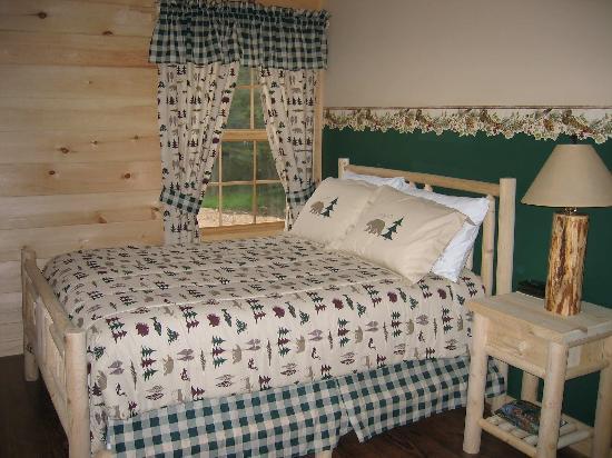 Packbasket Adventures: Lodge Bedroom