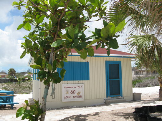 MIddle Caicos Co-op  shop