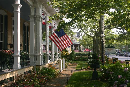 Mainstay Inn and Cottage: Mainstay Gardens