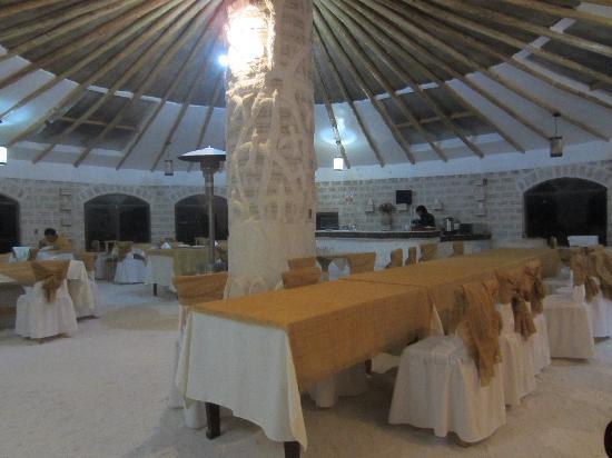 Cristal Samaña Salt Hotel: Dining Area