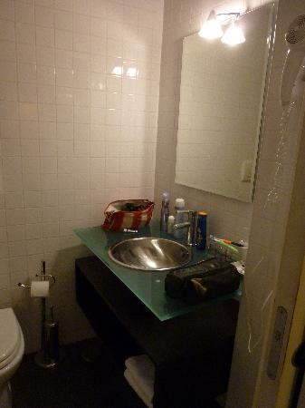 Relais Palazzo Taverna: bathroom