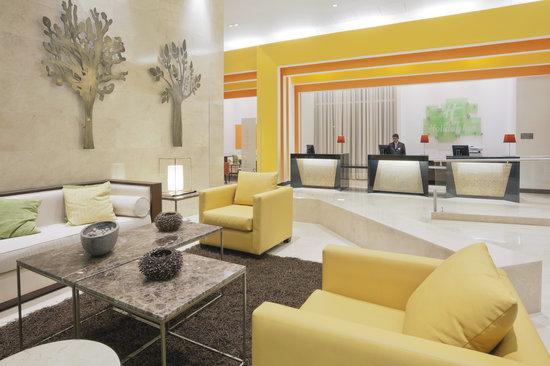 Holiday Inn Bogota Airport : Hotel Lobby